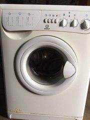 Продается стиральная машина Indesit